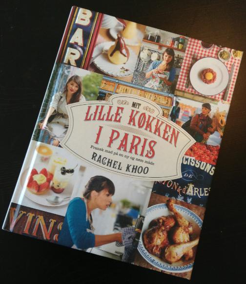 'Mit lille køkken i Paris' af Rachel Khoo. Til dem, der læser kogebøger som romaner.