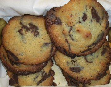 Cookies med chokolade og mandler