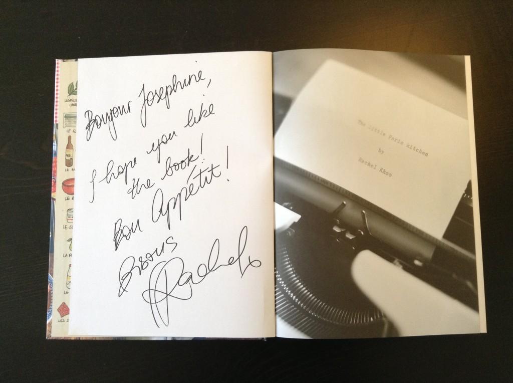 Min kollega var så sød at give mig et signeret eksemplar af Rachel Khoos bog, 'Mit lille køkken i Paris'